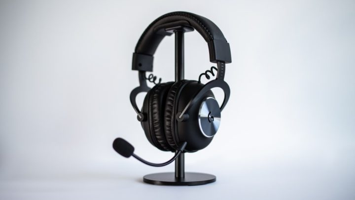 Bezdrátová herní sluchátka PRO X